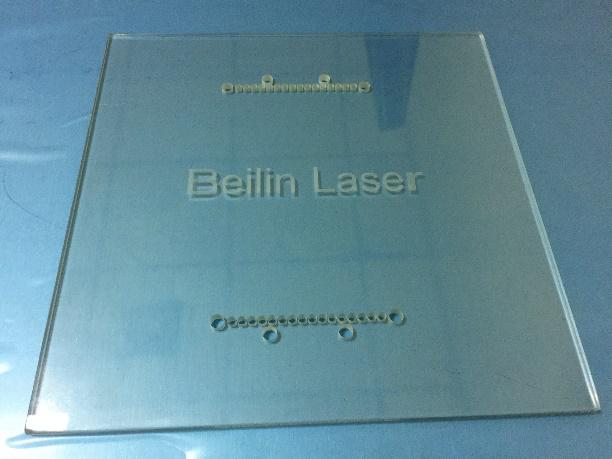 贝林紫外激光器测试玻璃打标  第1张